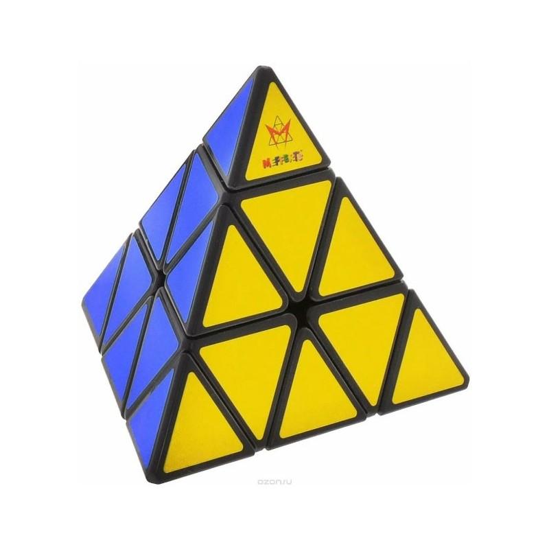 Pyraminx un jeu Recent Toys